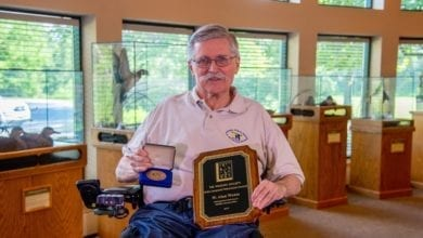 Photo of Dr. Alan Wentz Receives Leopold Memorial Award
